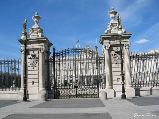 Le palais royal de madrid el palacio real de madrid - Montadores de pladur en madrid ...